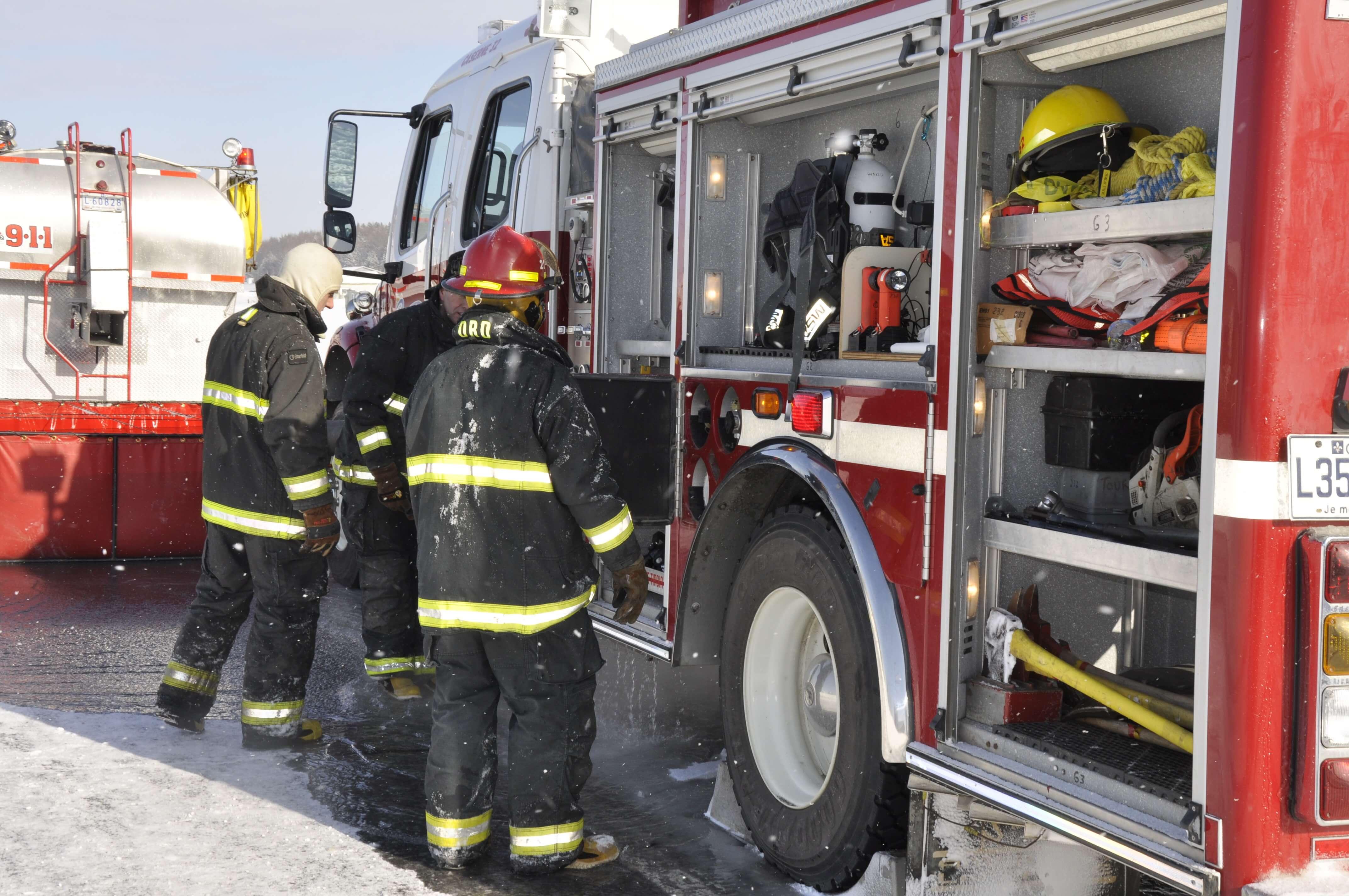 Camion incendie pompier