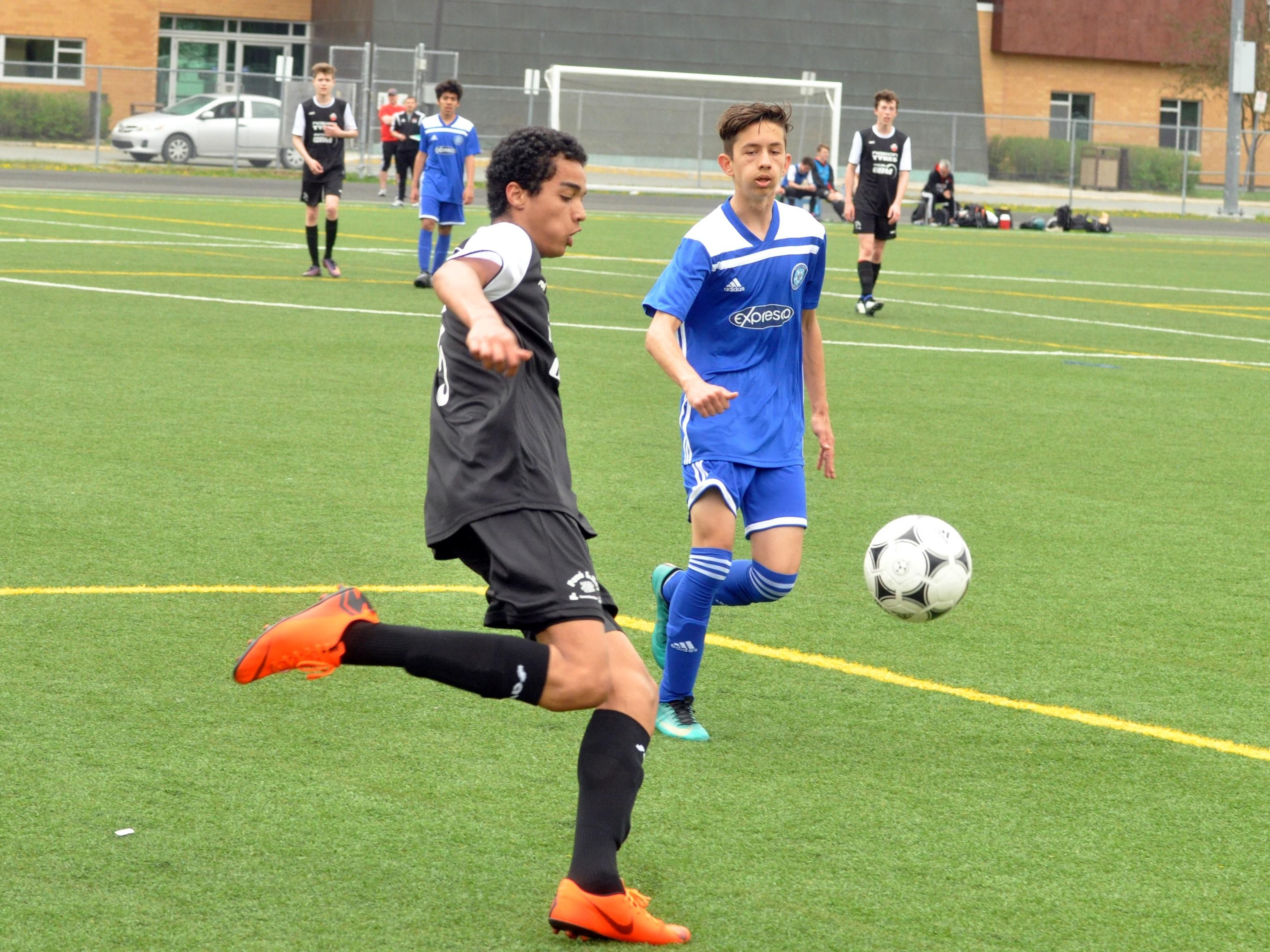 Soccer boréal