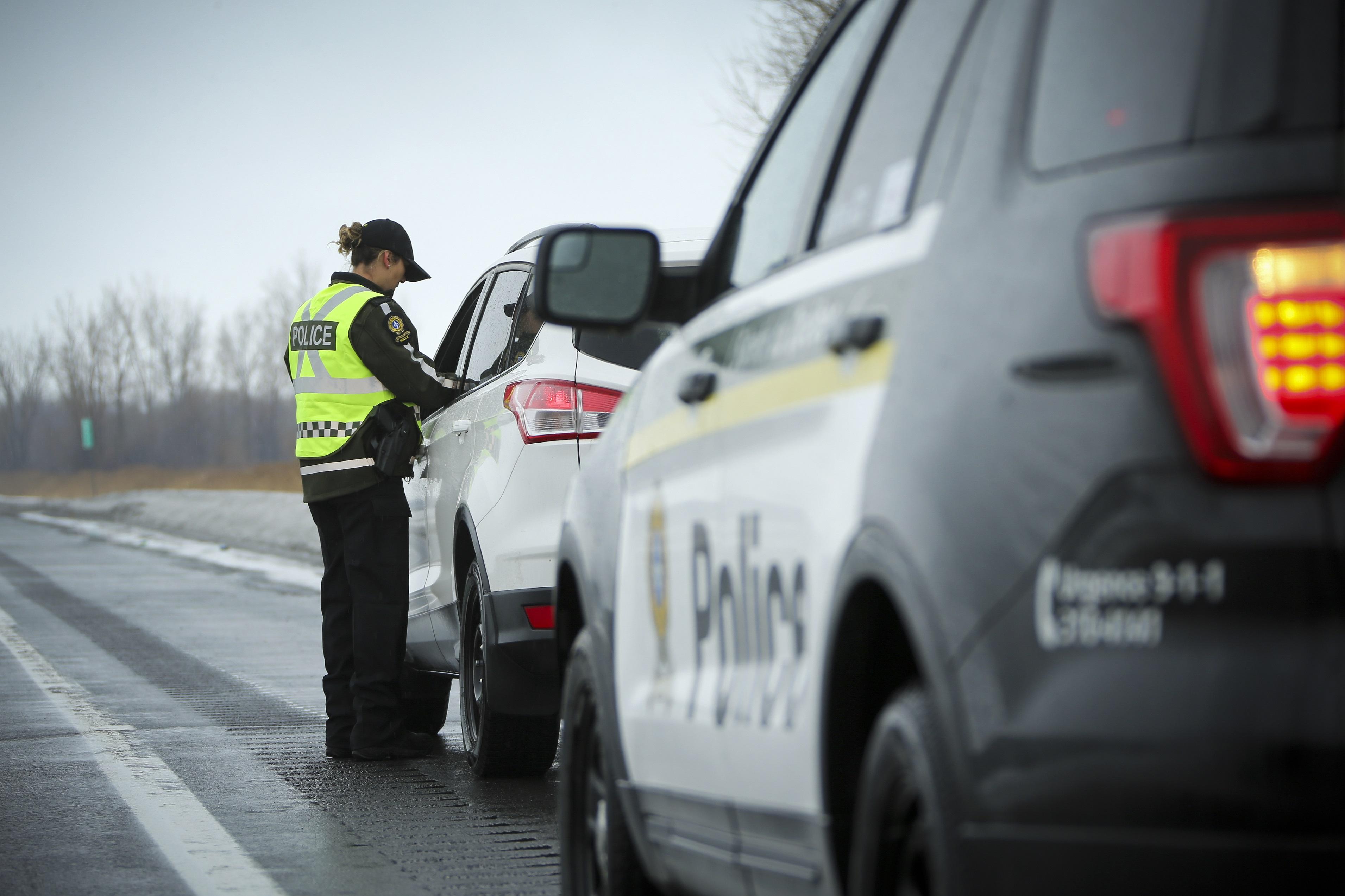 Arrestation pour très grande vitesse, Sûreté du Québec.