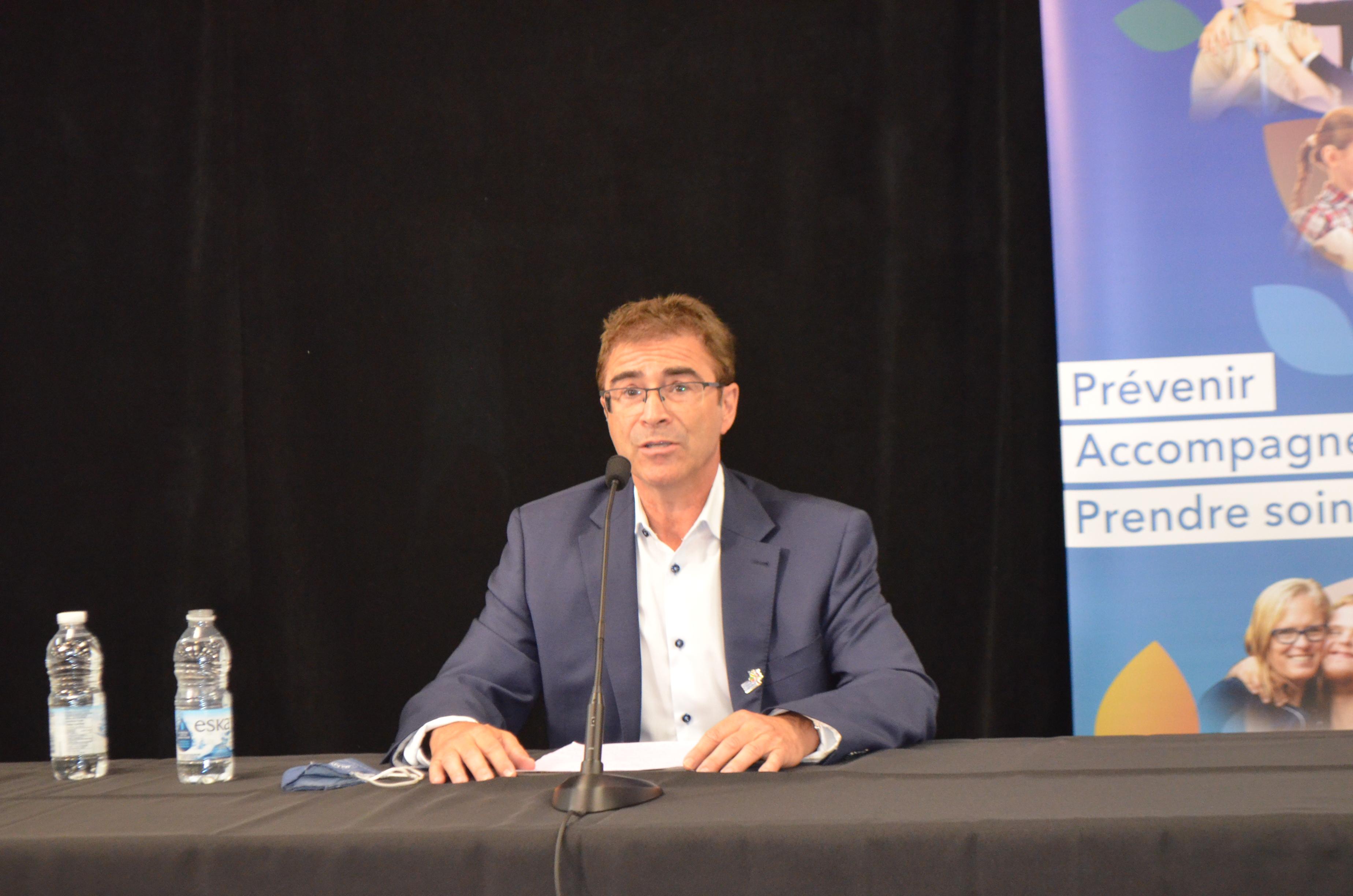 Le Dr Sylvain Leduc, directeur de la Santé publique au Bas-Saint-Laurent.