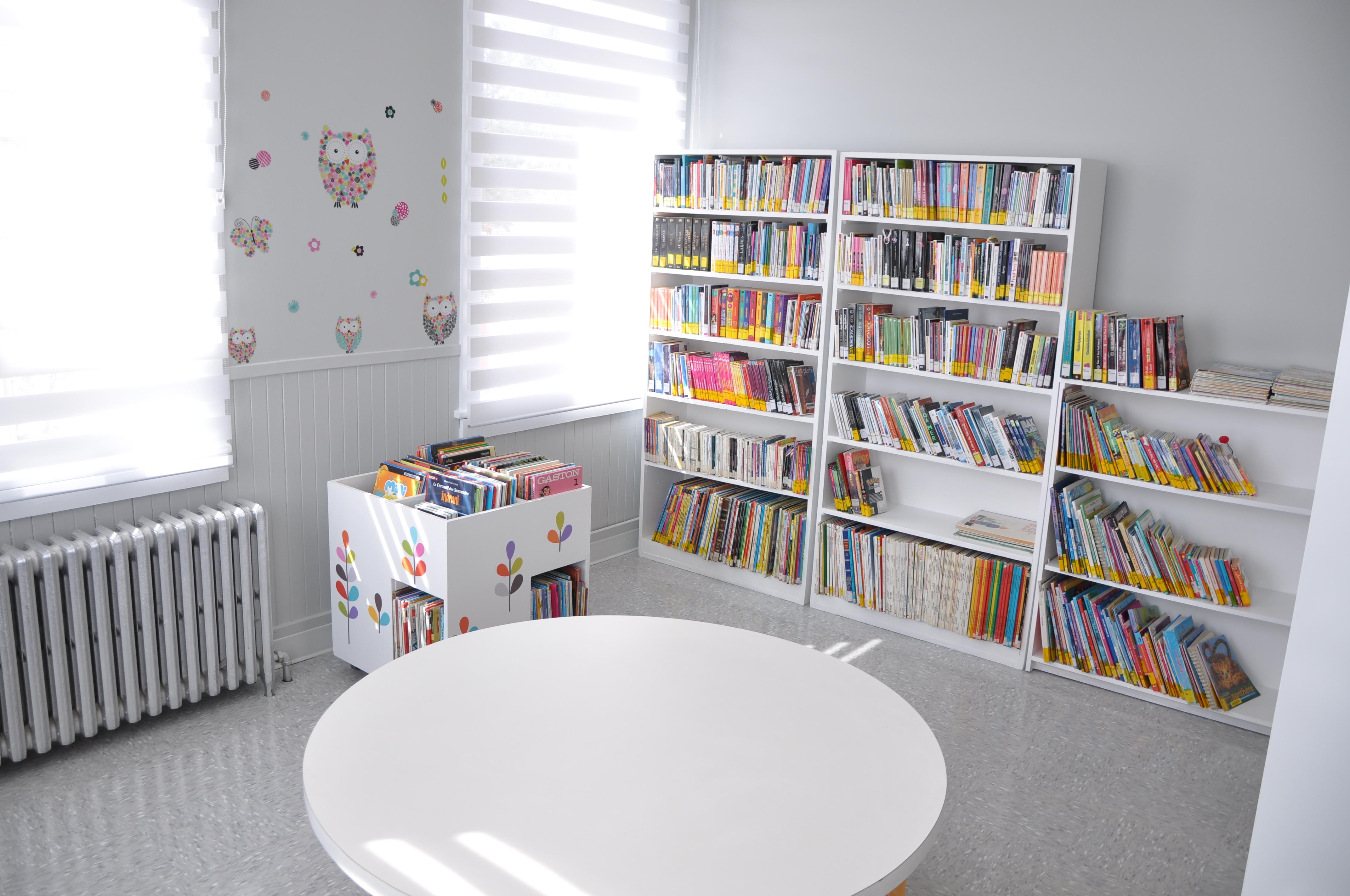 bibliothèque Poularies