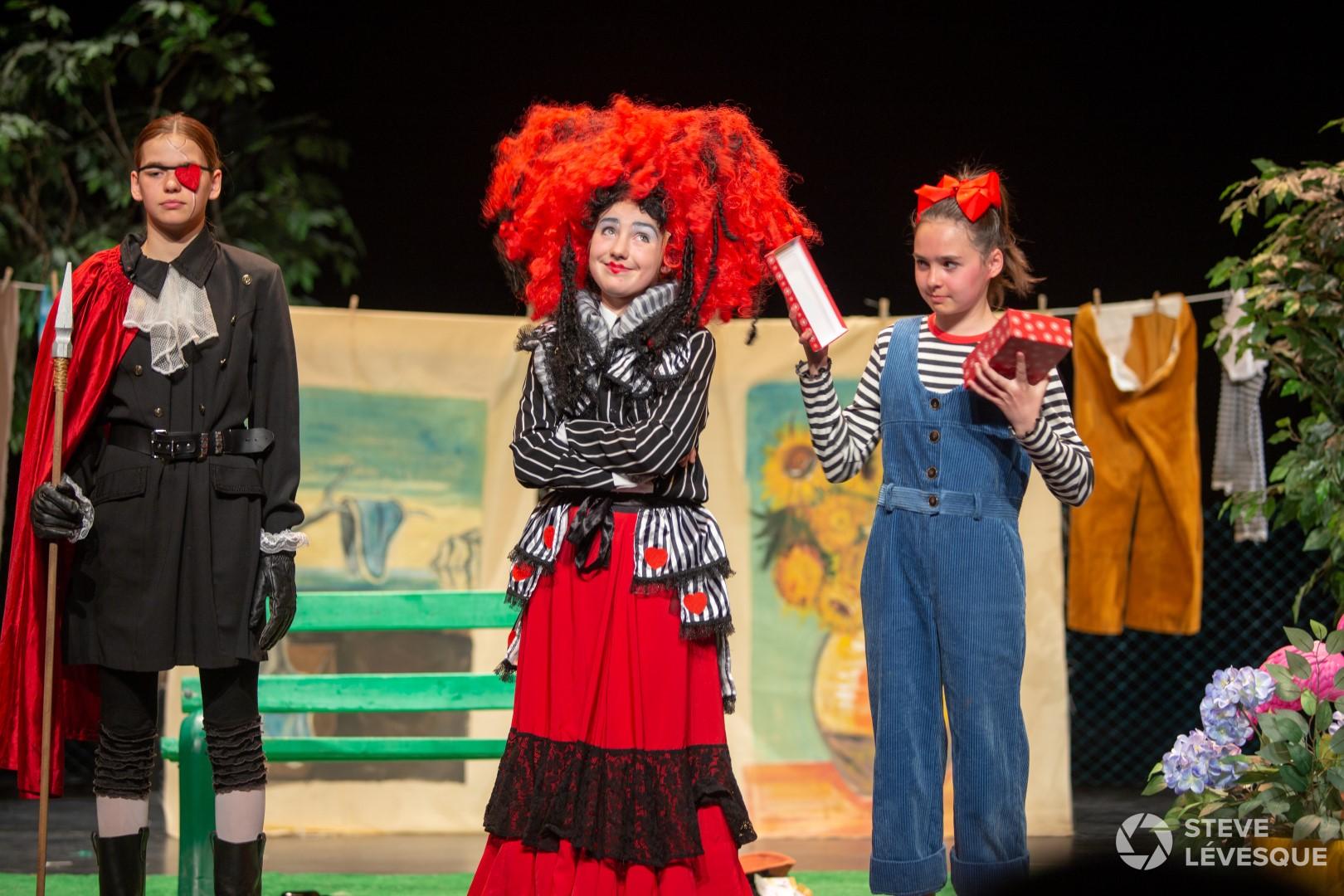 École arts La Rallonge spectacle