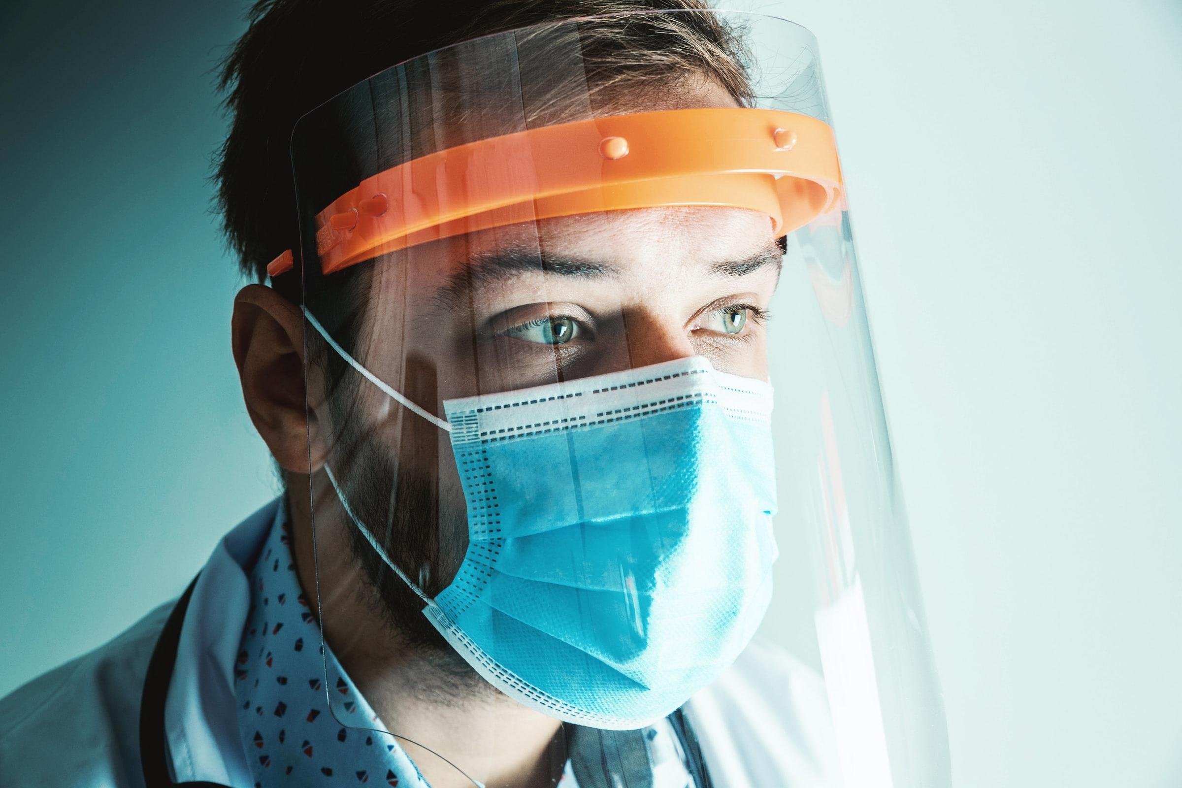 COVID-19, coronavirus, masque, visière.