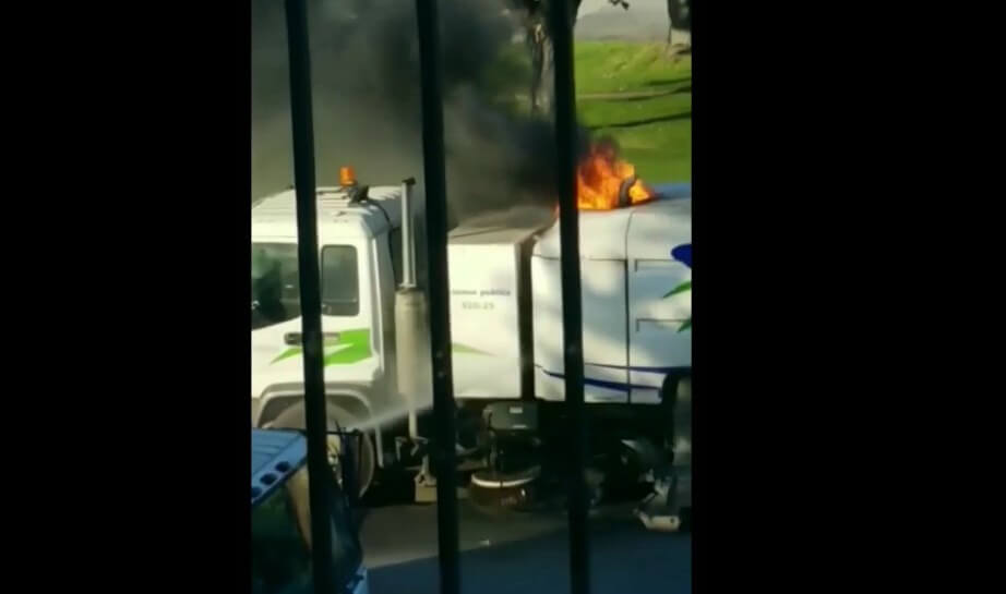 véhicule en feu Repentigny