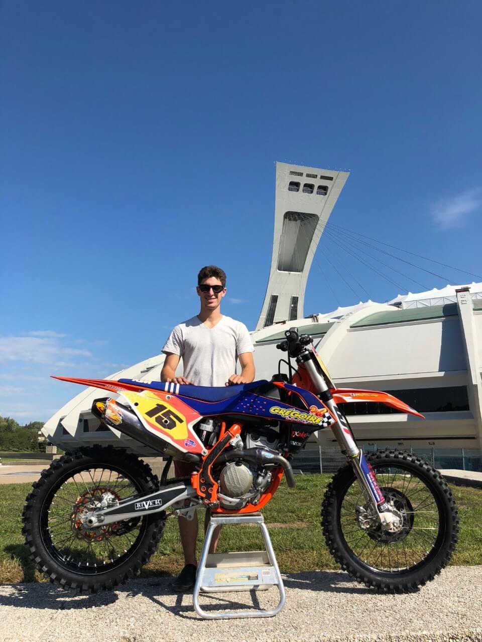 En motocross au Stade olympique