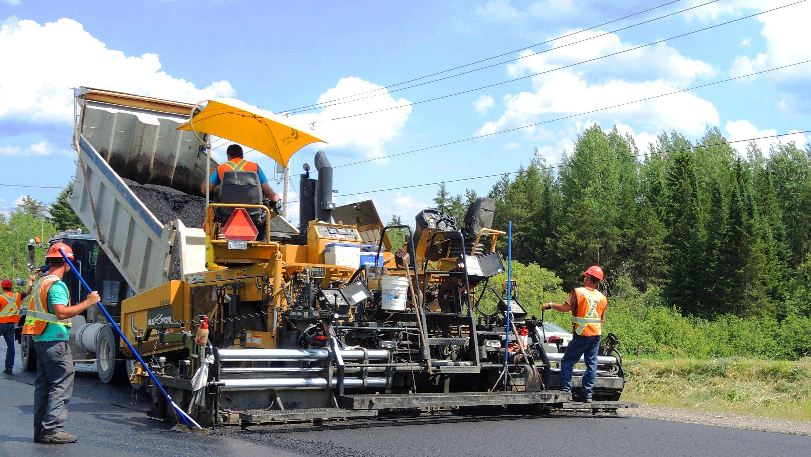 travaux d'asphalte