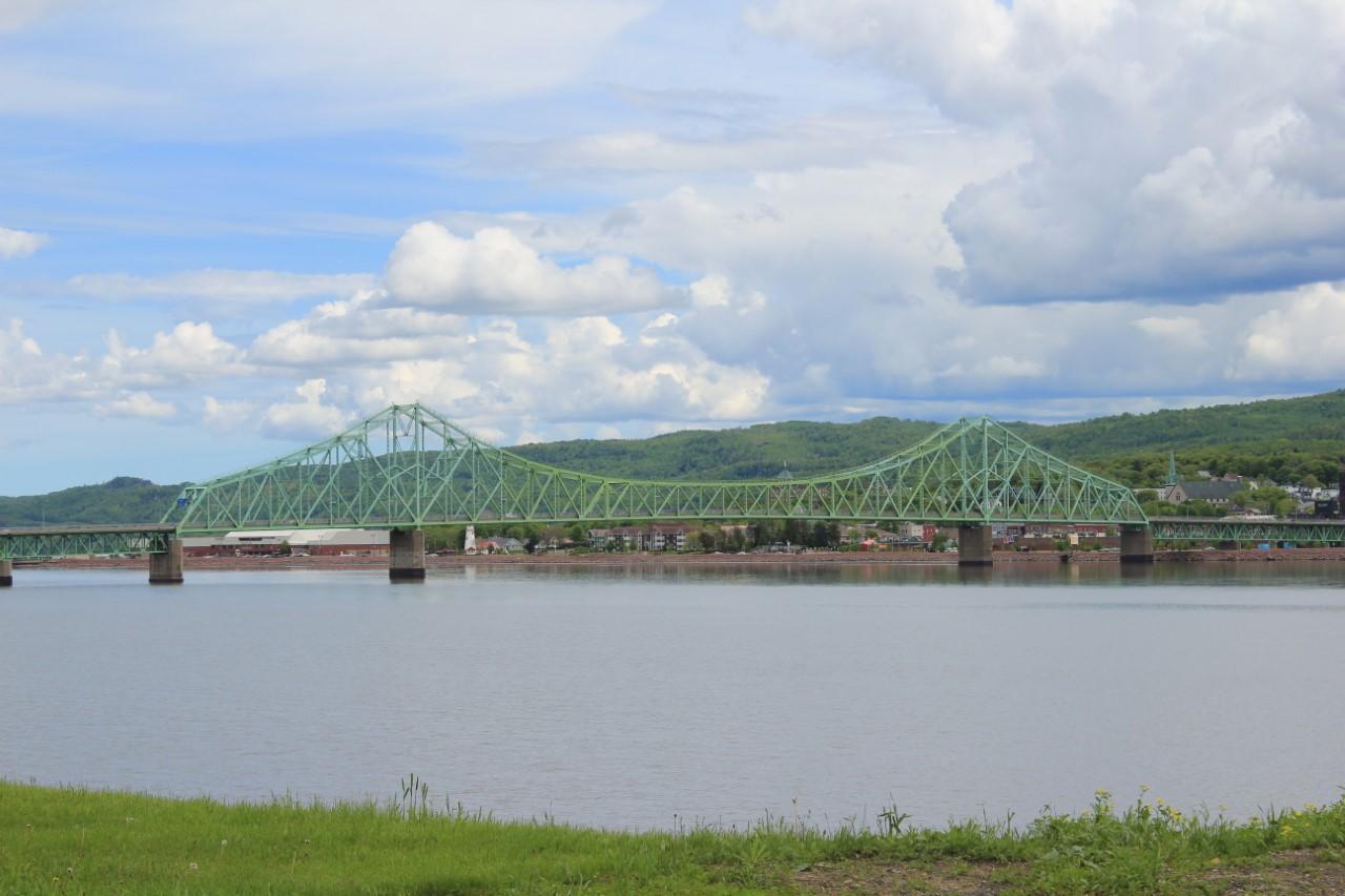 Pont JC Van Horne