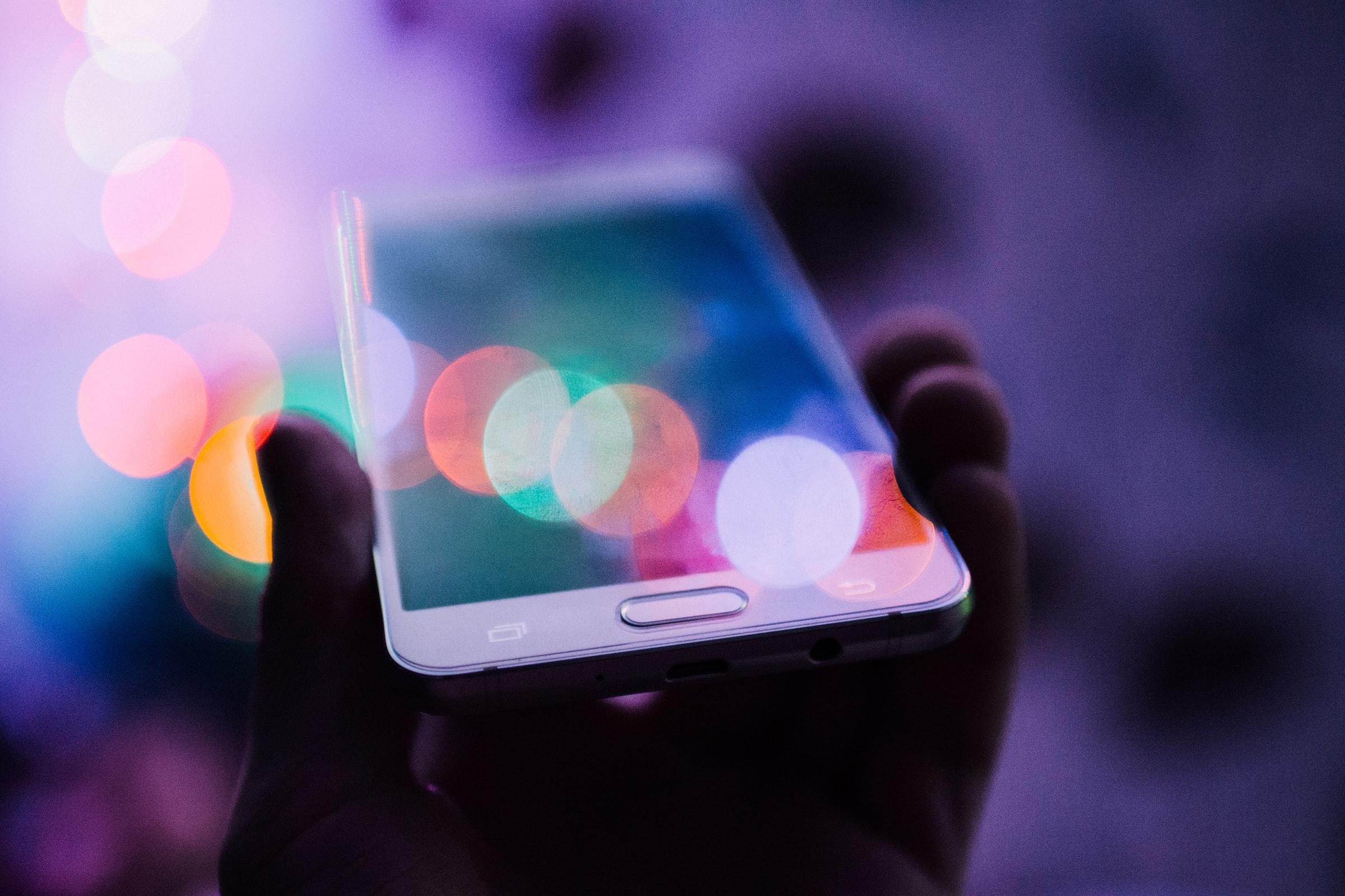 Technologie - réseau - téléphone intelligent