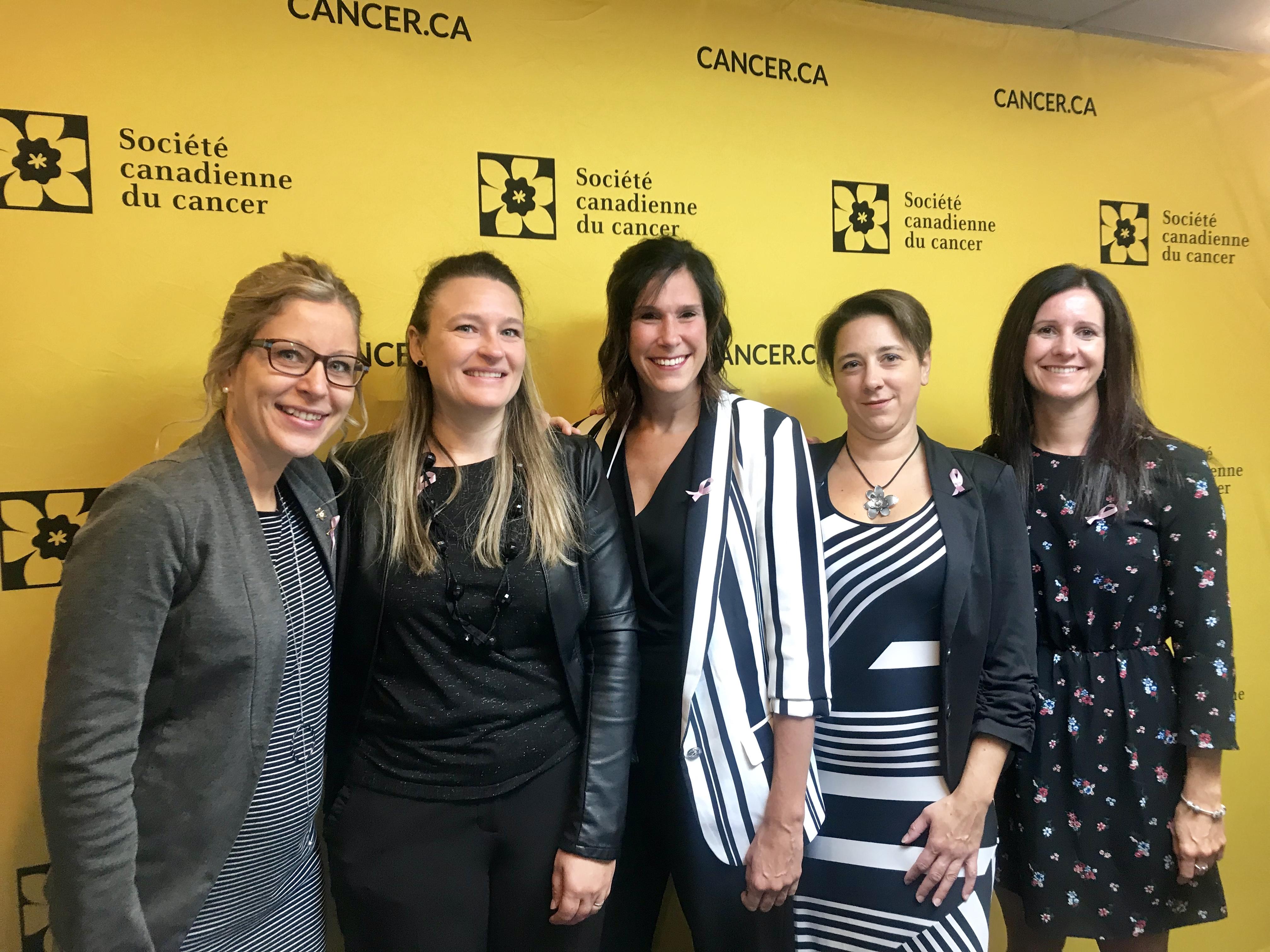 Des membres du comité organisateur : Geneviève Côté-Rioux, directrice de la SCC, Marie-Noëlle Lacasse, Claudine Poulin, Louise Gagnon et Sandra Flynn.