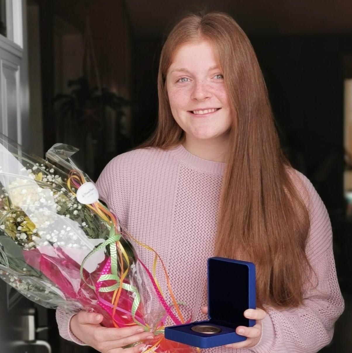 Coralie Fortin a reçu, en 2020, la Médaille académique du gouverneur général. Elle en recevra une deuxième cette année.