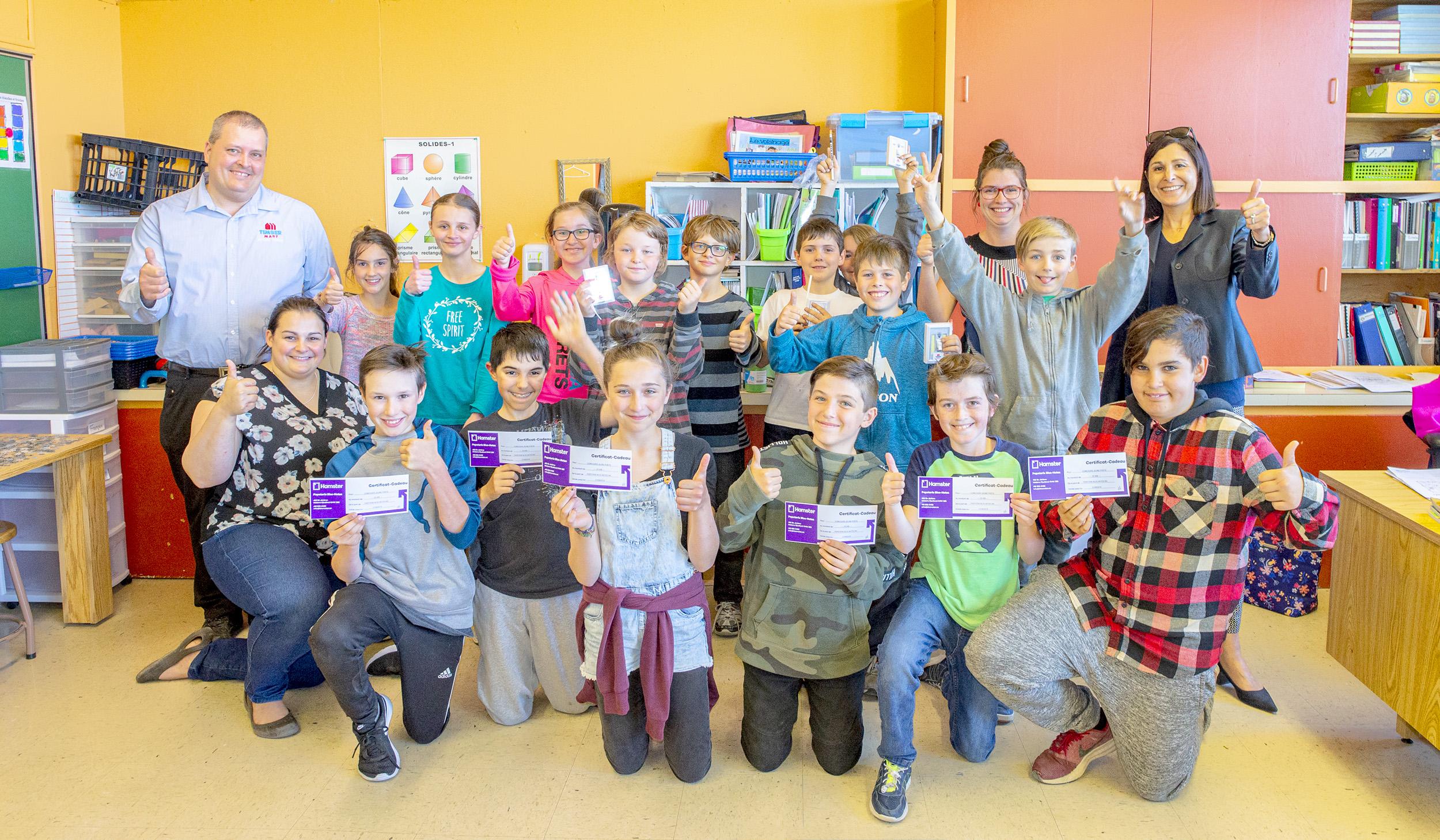 Classe 6e année école Assomption Baie-des-Sables concours des jeunes poètes