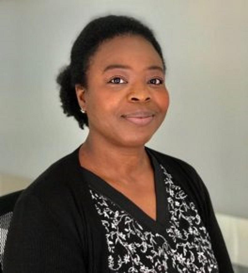 Gentille M. Assih, invitée d'honneur des rencontres «Intersections» et réalisatrice du documentaire « Sortir de l'ombre ».
