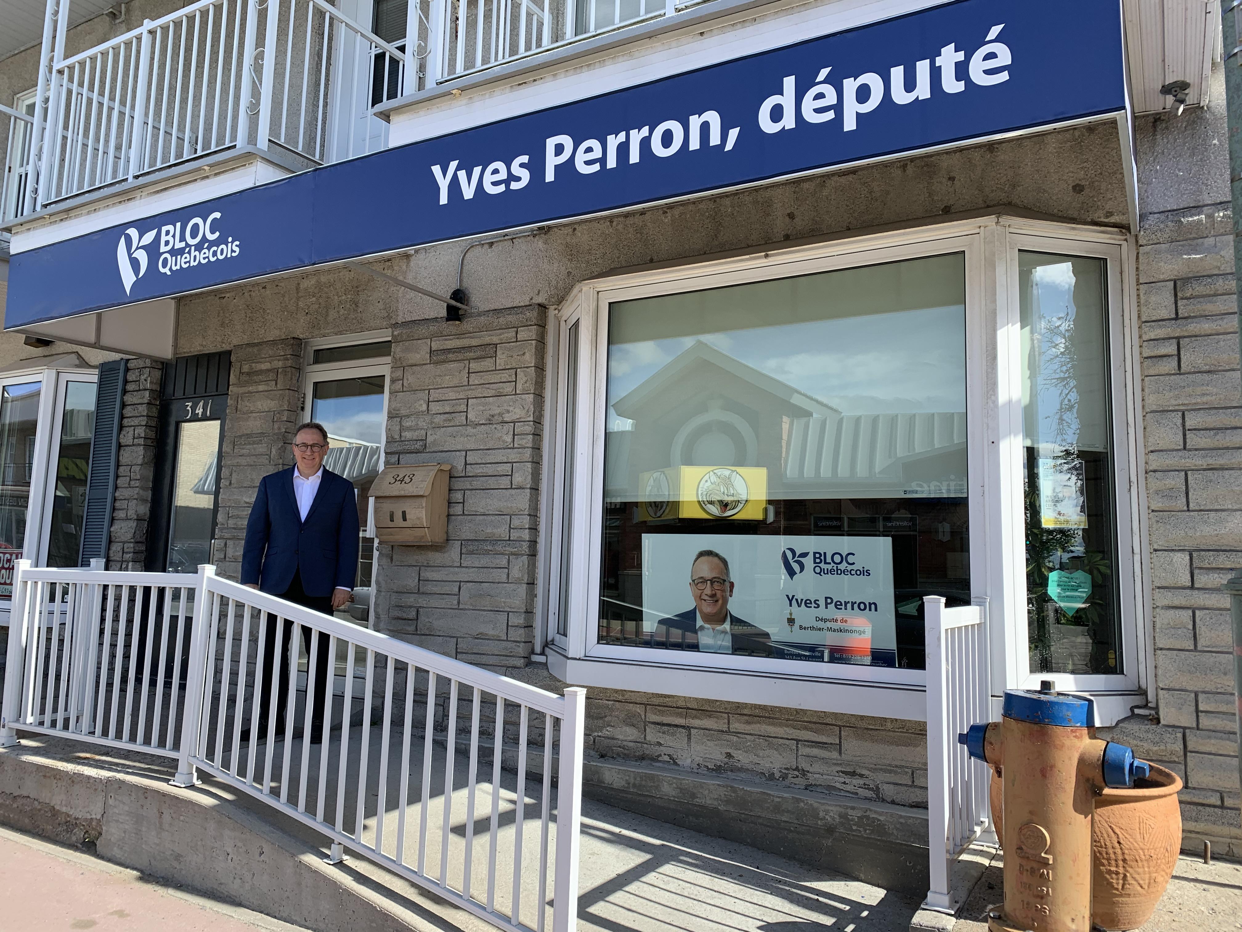 bureau Yves Perron