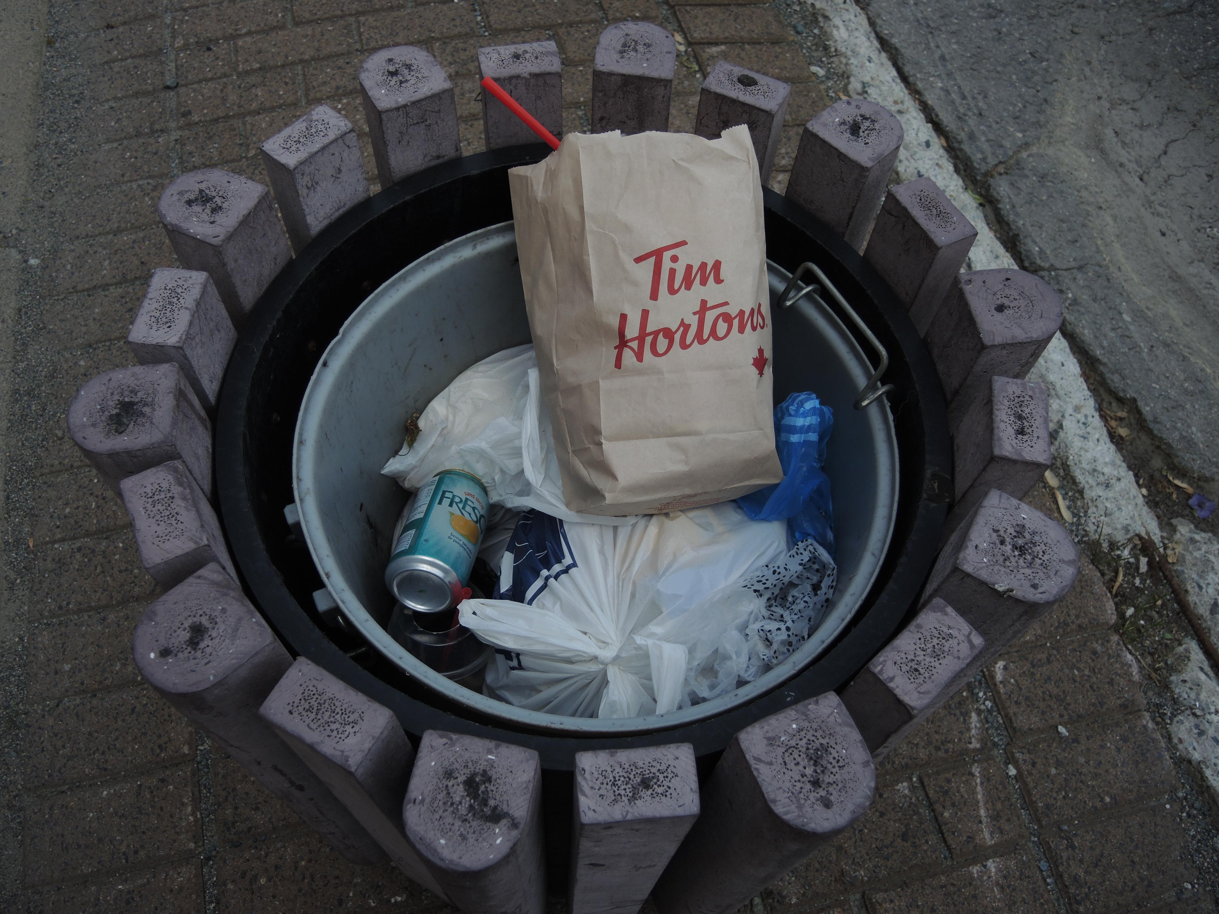 Poubelle pleine de recyclage Rouyn-Noranda