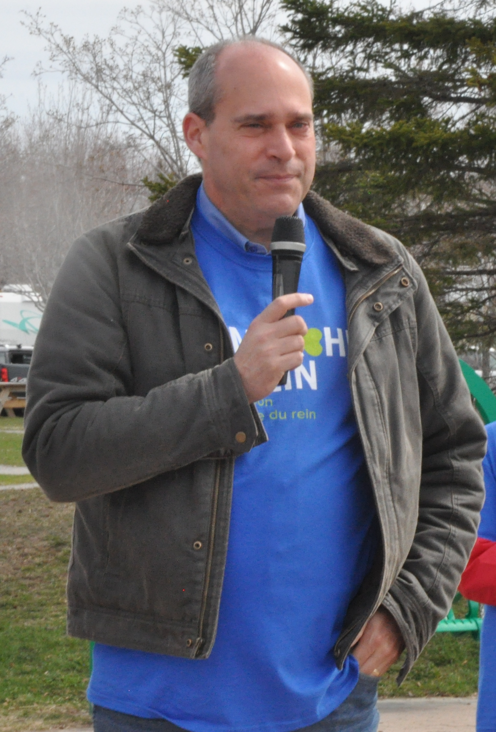 Guy Caron marche reins