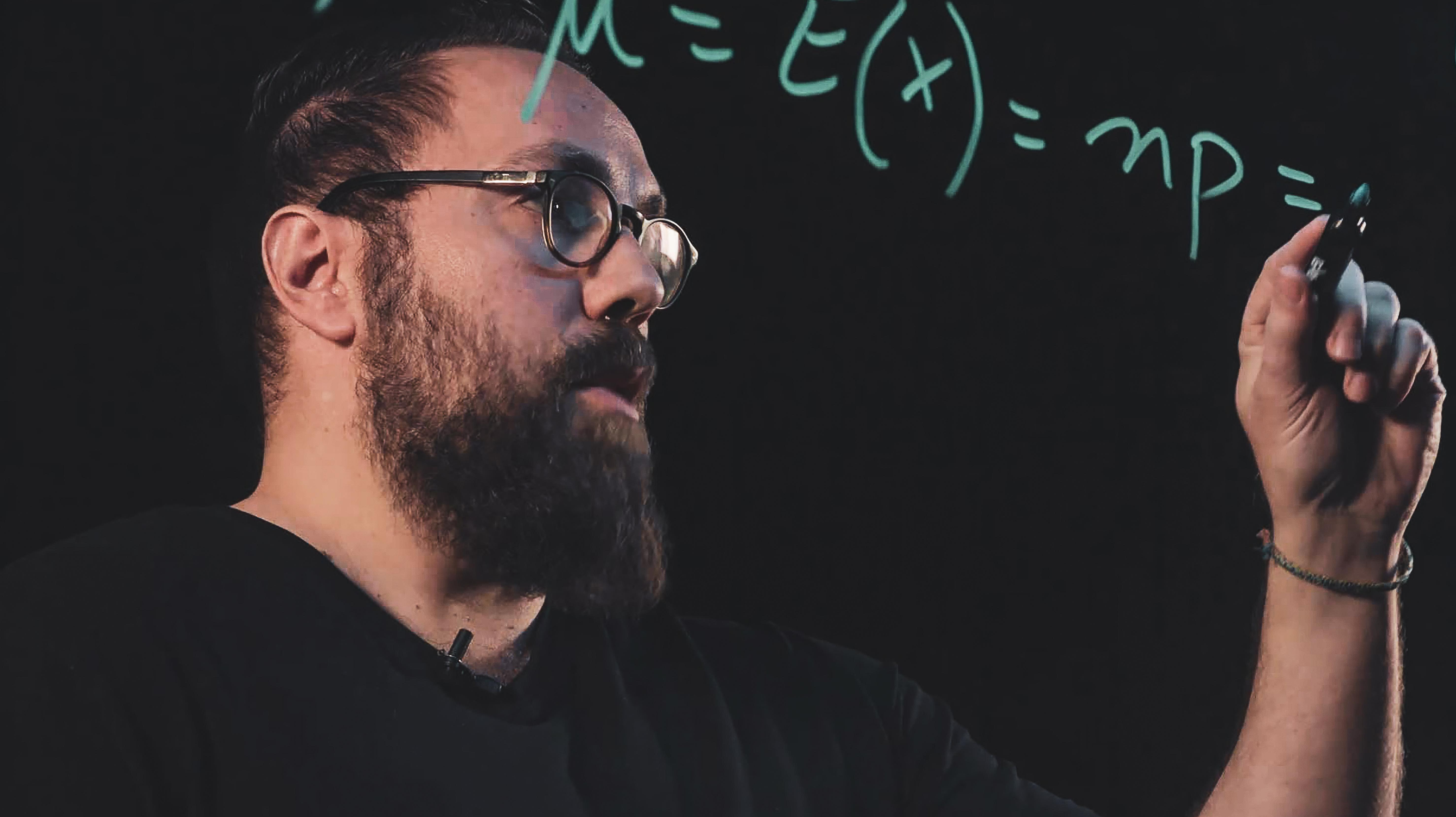 Bryan Boudreau-Trudel et son lightboard UQAT